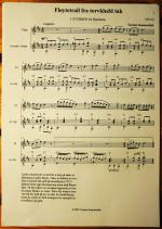 Fløytetrall fra torvkledd tak
