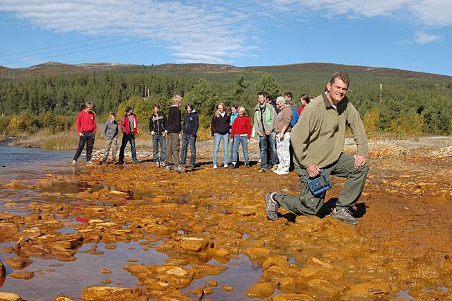 David Etner ledet et forsøk med biologisk rensing av utslippet, men uten å overbevise de ansvarlige byråkrater og politiere.
