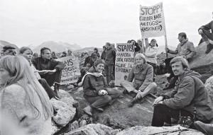 I 1970 la Mardøla-aksjonen i Romsdals/Eikesdalsfjella grunnlaget for den moderne norske miljøbevegelsen. Mer enn 40 år seinere er kampen mellom vekst og vern fortsatt den samme.