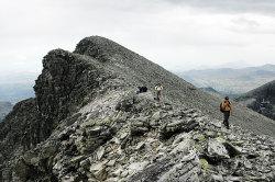 Midtronden fortoner seg som Norges største ur, 2060 moh.